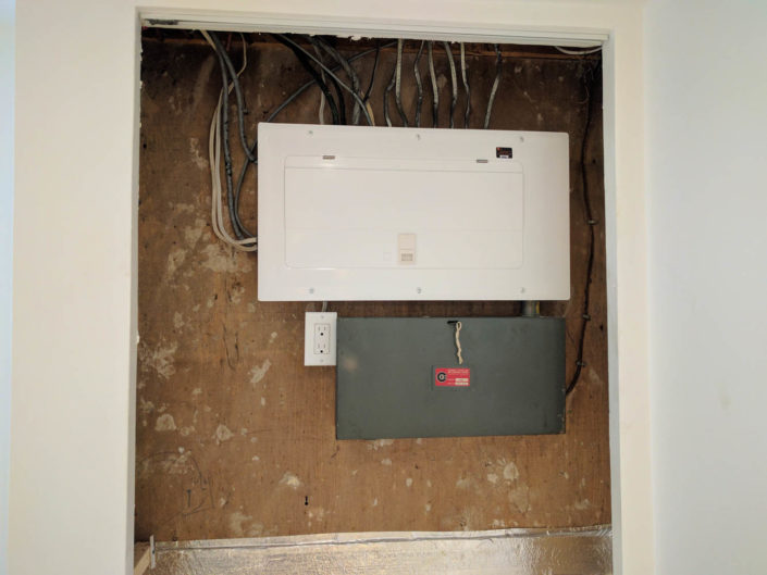 Electrical panel 100amp upgrade Mississauga, ontario